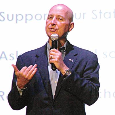Ricketts Calls for Health Standards to be Scrapped