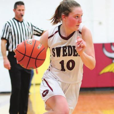 Swedes Claim Win Over Broncos
