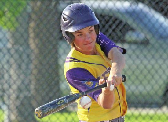Melons Sweep Curtis In Diamond Double-Dip
